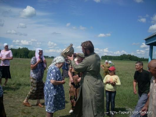 Есть в России святые места…